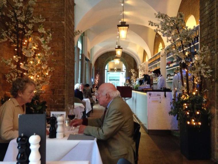 saatchi mess restaurant sloane square chelsea